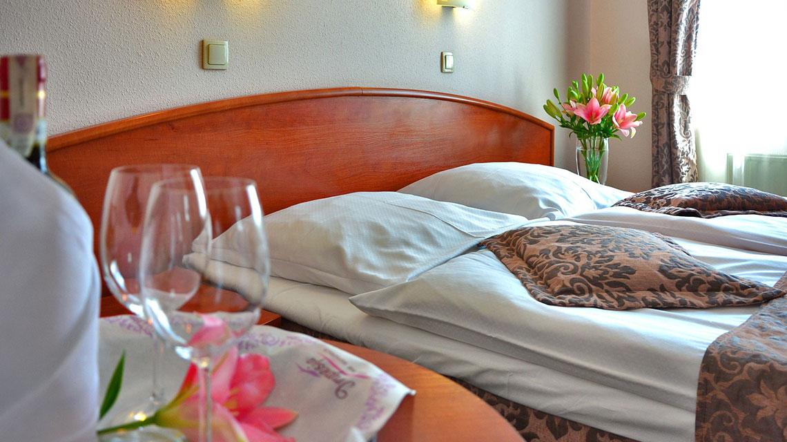 Premium Couple Room Suite
